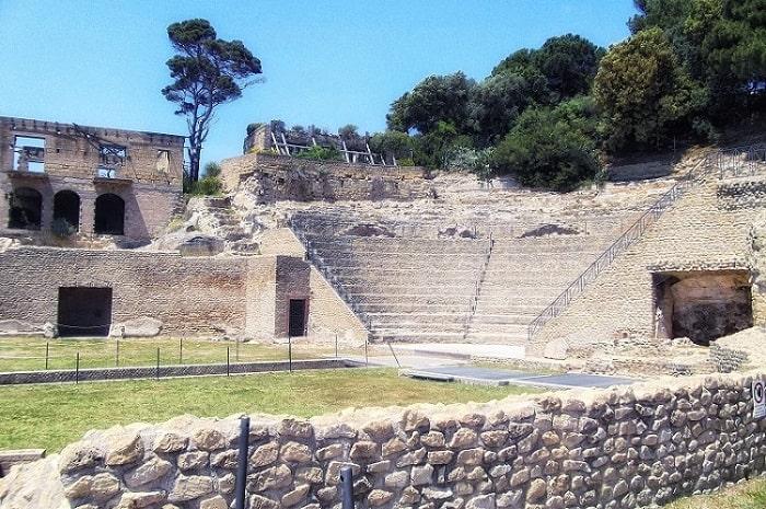 【パウジリポン考古学公園】古代ローマ時代の遺跡が残る別荘地帯 -Parco Archeologico del Pausilypon-