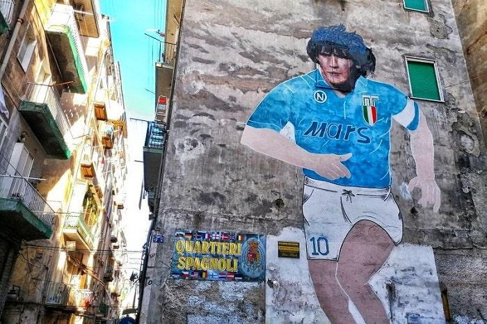 【マラドーナ】ナポリに奇跡をおこした伝説の男とは -Diego Maradona-