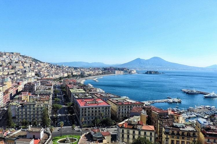 【ポジリポの丘】ナポリを一望できる最大の絶景スポット!-Terrazza di Sant'Antonio-