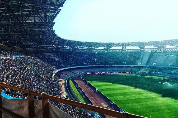 【ディエゴ アルマンド マラドーナスタジアム】熱気あふれるナポリカルチョの聖地 -Stadio Diego Armando Maradona-