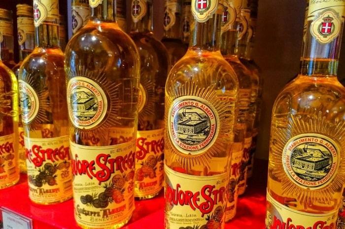【ストレーガ】ベネヴェントに伝わる薬草リキュール -Liquore Strega-
